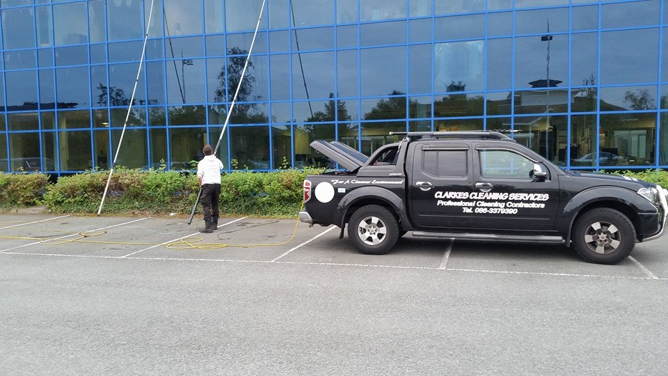 Clarkes Cleaning Services Reach And Wash 2